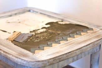 кухонный стол с керамической плитки