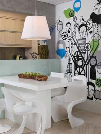 рисунке на стене на кухне