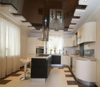 освещение натяжного потолка на кухне