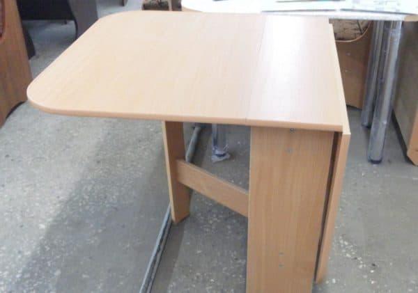 Кухонный стол трансформер для маленькой кухни