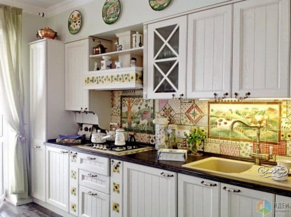 керамическая плитка панно на кухню