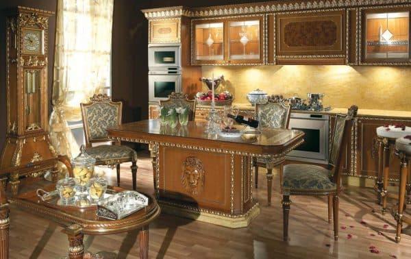 резная мебель на кухне Бидермейер