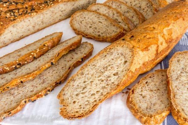 Какая хлебница лучше