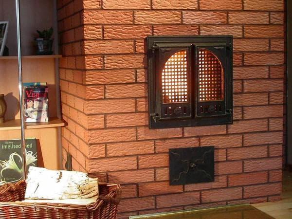 Терракотовая плитка для облицовки камина или печи