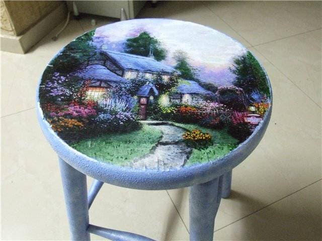 34 Переделка старой мебели: реставрация табурета (фото)