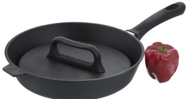 Потребители чаще всего приобретают именно такую сковороду гриль, из-за её неприхотливости при использовании