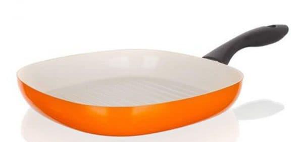 так как такой материал совершенно безопасен при приготовлении пищи, то именно его и выбирают в первую очередь