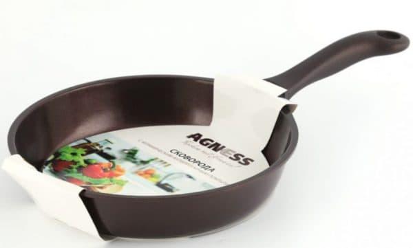 сковорода с антипригарным керамическим покрытием