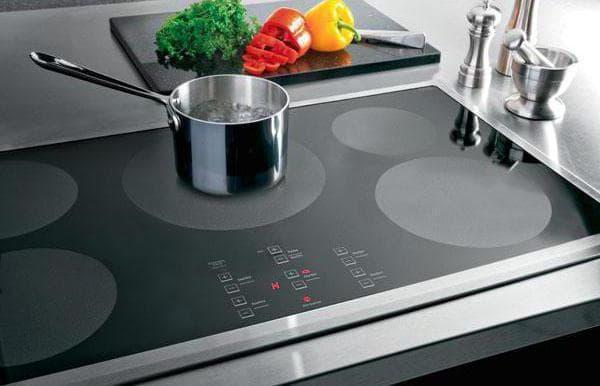 комбинированная плита с электрической духовкой и индукционной варочной панели