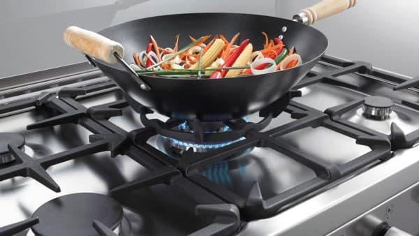 комбинированная плита горенье с пламенем по технологии WOK