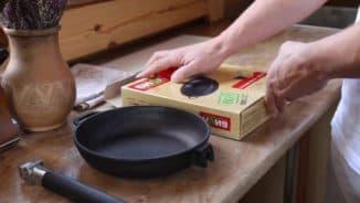 как сделать антипригарное покрытие на чугунной сковороде