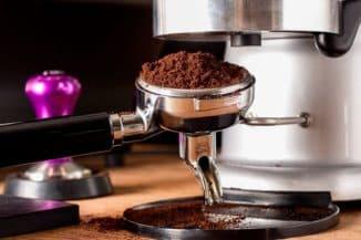 чем отличаются кофеварки рожкового типа от капельного