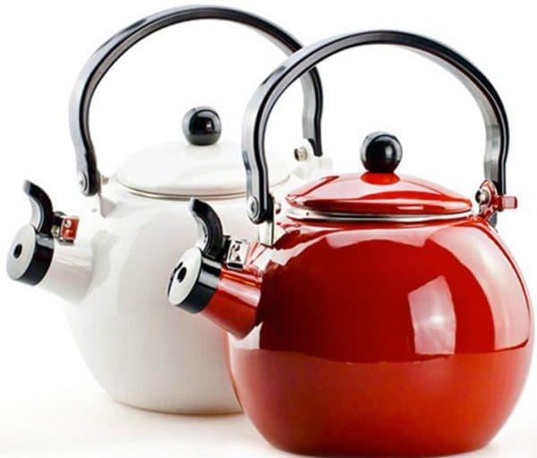 чайник эмалированный со свистком для газовой плиты