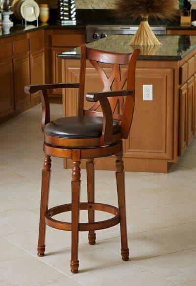 деревянные высокие стулья для кухни
