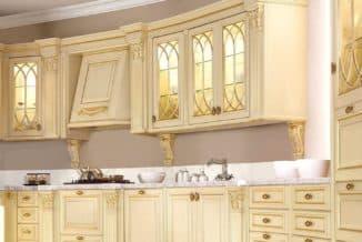 Кухонные фасады из массива дерева