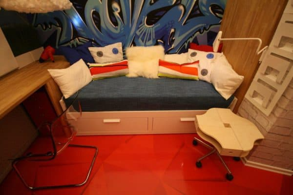 Кушетка на кухню со спальным местом