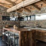 Отделка декоративным камнем: дизайн интерьера и декор кухни