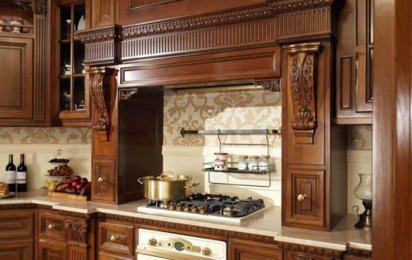 резная мебель на кухне Этно
