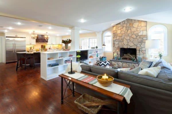кухня гостиная в доме разделённая мебелью