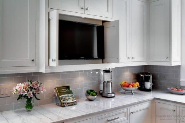 телевизор на кухне какой выбрать,