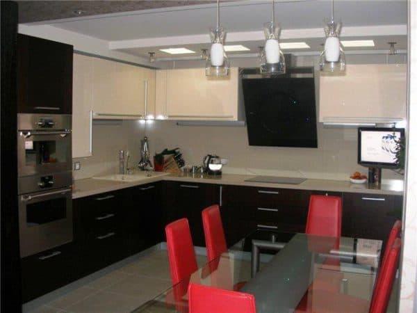 кухня светлый верх, темный низ