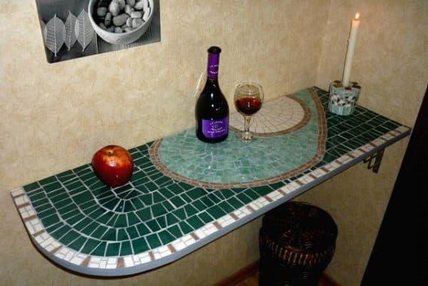 столы с плиткой для кухни