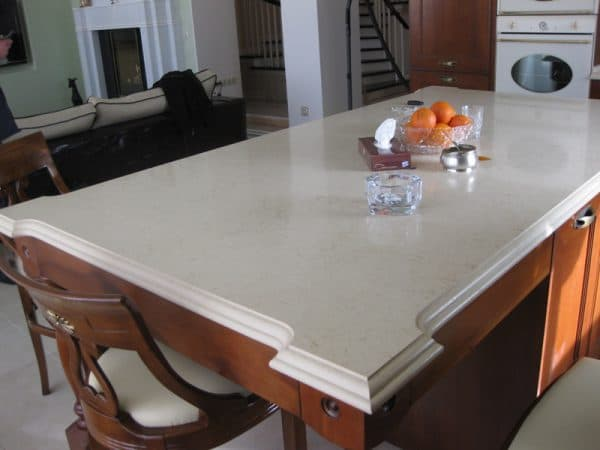 столешницы из акрилового камня для стола