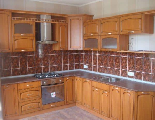 кухонные шкафы в кухне из МДФ