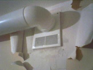 Пластиковый воздуховод для вытяжки