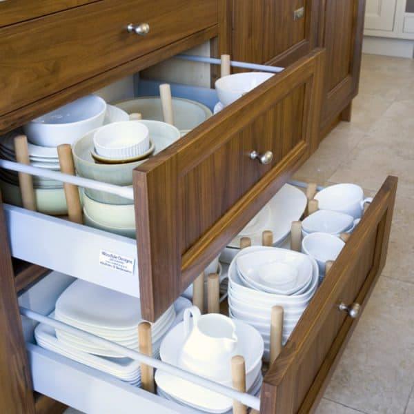 посудные шкафы на кухню с глубокими ящиками