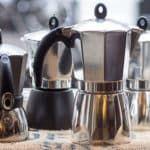 Как выбрать гейзерную кофеварку для индукционной плиты