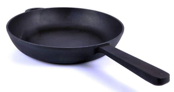 чугунная сковорода для индукционных плит Ситон