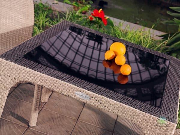 столы из стекла с фотопечатью из плетеного ротанга для кухни