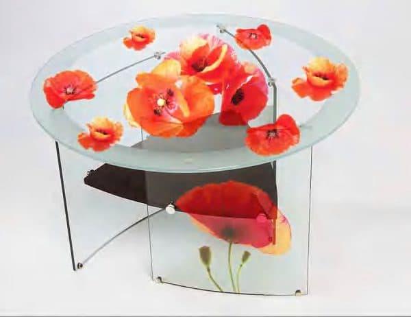 столик из стекла с фотопечатью с нижней стороны для кухни
