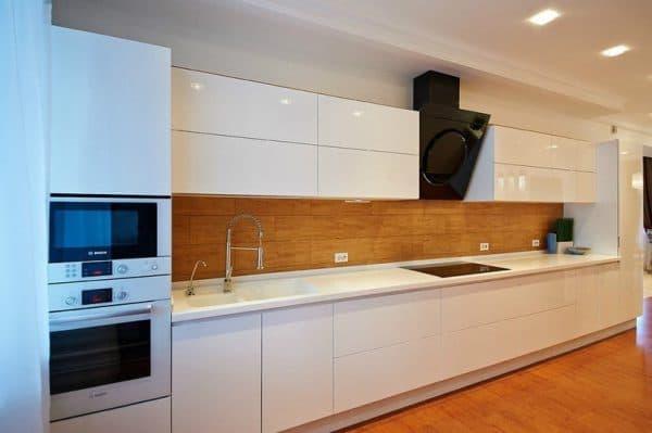 современные кухонные гарнитуры без ручек
