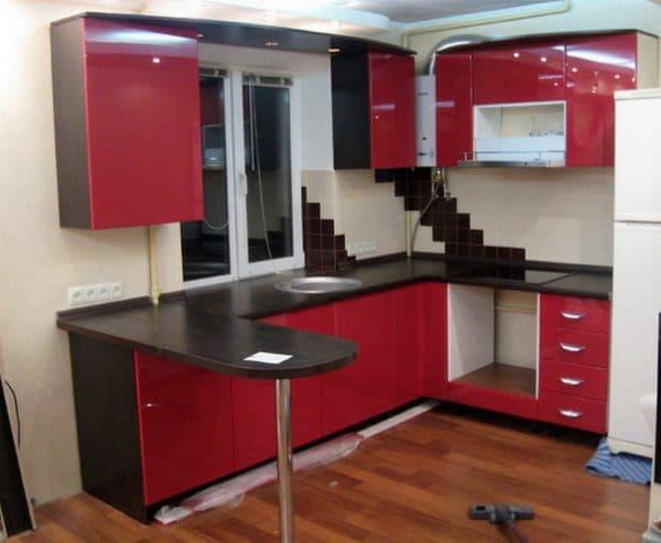 современные кухонные гарнитуры по кругу