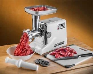 использование электрической мясорубки с металлическими шестернями