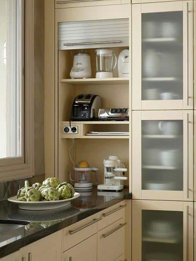 шкафчики в углы в маленькой кухне