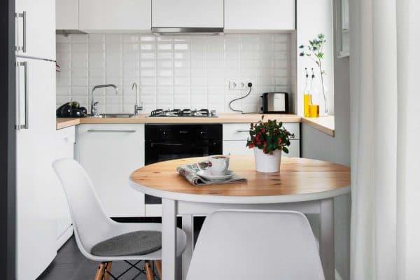 дизайн кухни с газовой колонкой в скандинавском стиле